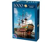 Historická plachetnica v Amsterdamu