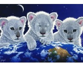 Tri levíci