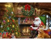 Santa pri vianočnom stromčeku